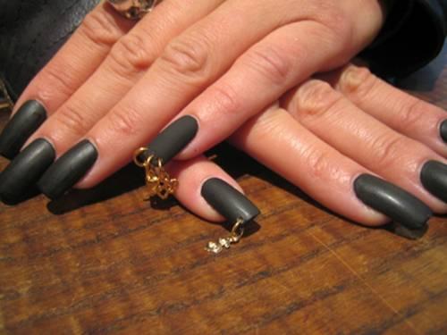 Полностью черные ногти